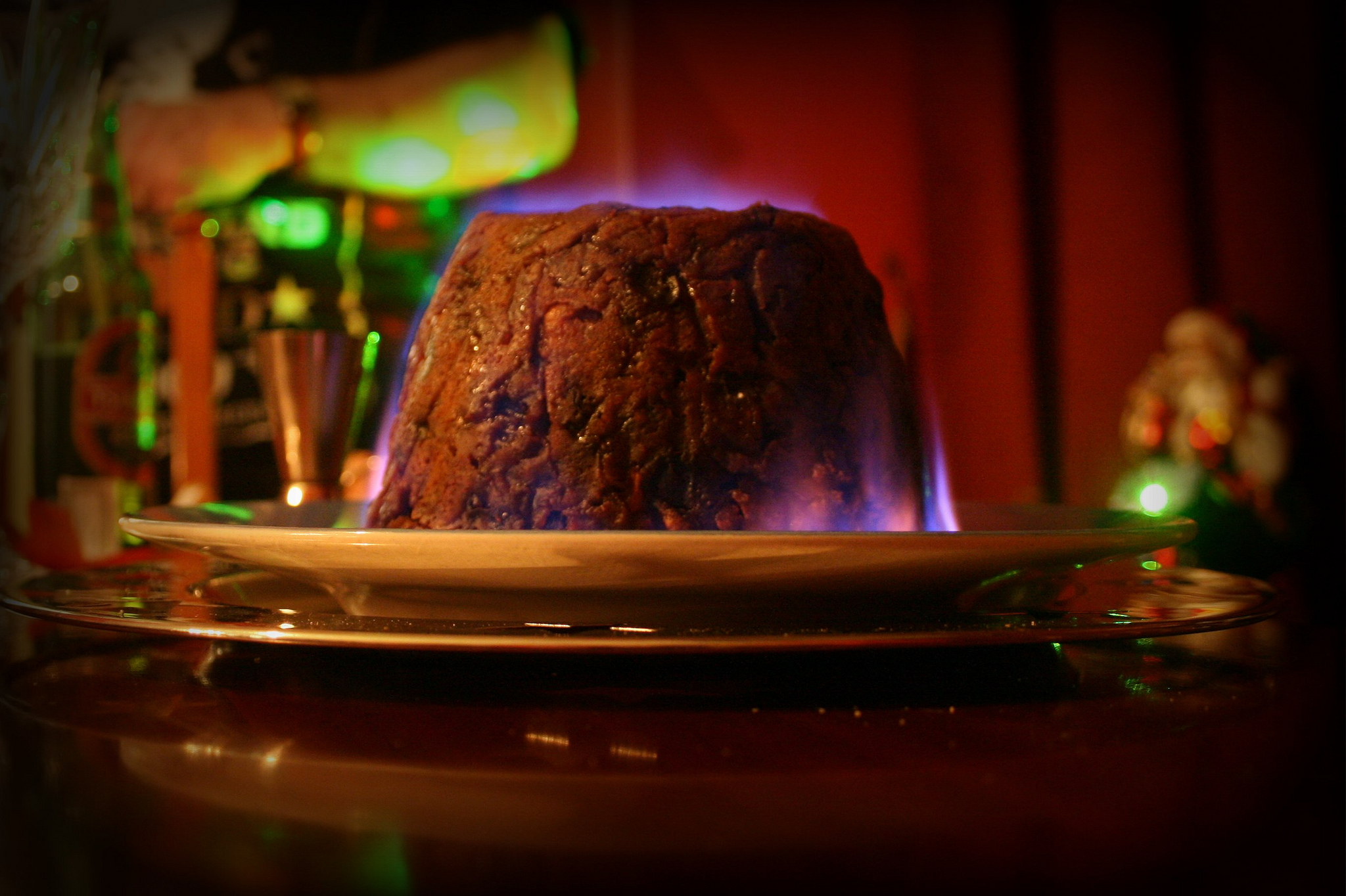 Photo of Christmas pudding by Pete, licensed under CC BY 2.0